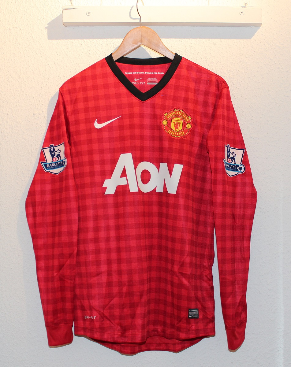 Manchester United home jersey L/S 2012/13 - Young 18-S