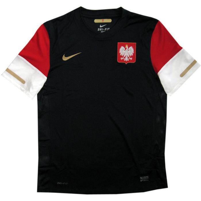 Poland away jersey 2010/12