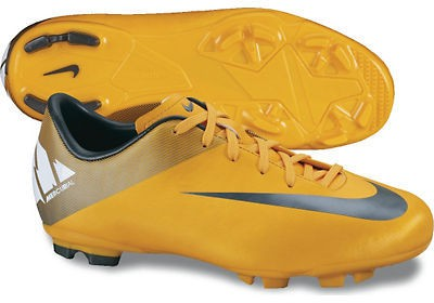 Mercurial victory firm ground ronaldo grass boots 2013/14