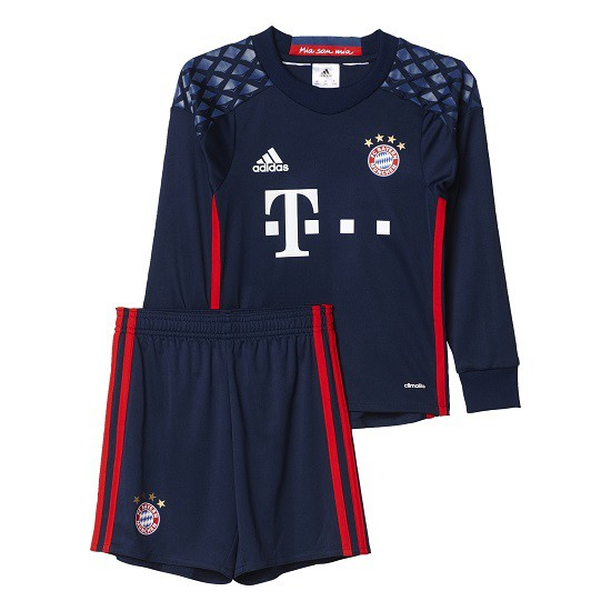 FC Bayern goalie kit 2016/17 - little boys