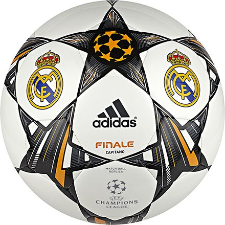 Real Madrid capitano UCL replica ball 2013/14