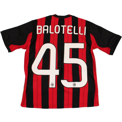 AC Milan home jersey balo 45