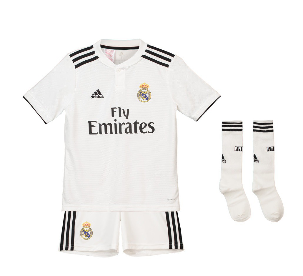 Real Madrid home kit - youth