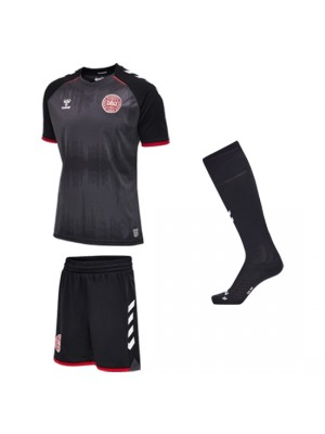 Denmark DBU goalie kit 2016/17 – youth