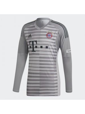 FC Bayern goalie jersey 2018/19