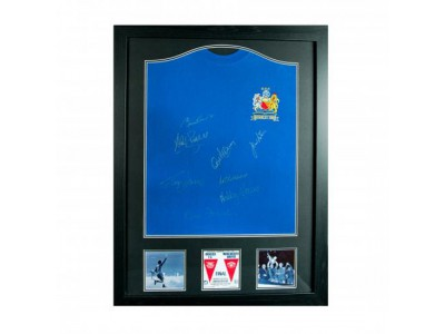 Manchester United FC 1968 European Cup Final Signed Shirt (Framed)