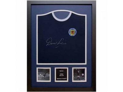 Skotland FA Denis Law Signed Shirt Framed