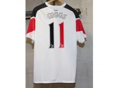 Manchester United ude trøje 2010/11 - Giggs 11