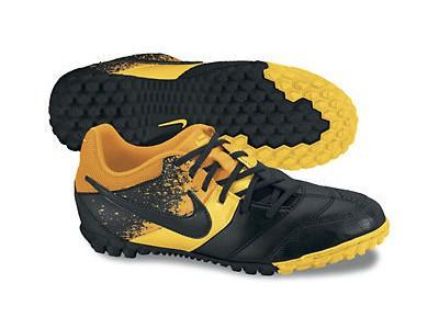 Bomba Nike 5 IN fodboldsko til børn