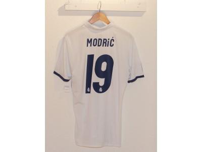 Real Madrid hjemme trøje adizero 2016/17 - Modric 19