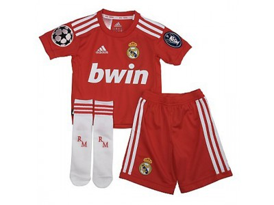 Real Madrid minisæt CL udebane små drenge 2011/12