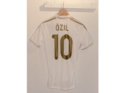 Real Madrid hjemme trøje 2011/12 - Özil 10