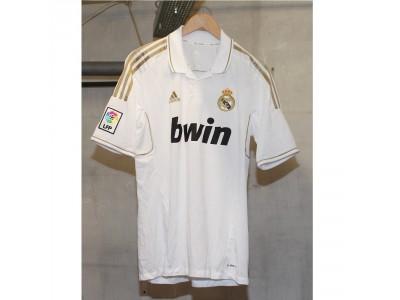 Real Madrid hjemme trøje 2011/12 - Dahl 93