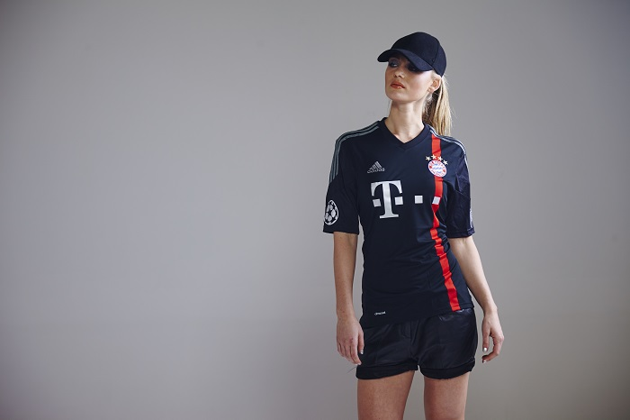 FC Bayern CL ude trøje model